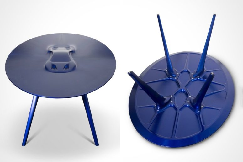 The table is done in blue purple and this is how it looks from the back