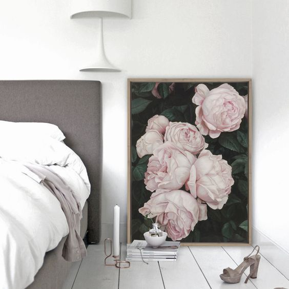 a pink roses canvas placed right on the floor will bring lavish spring vibes