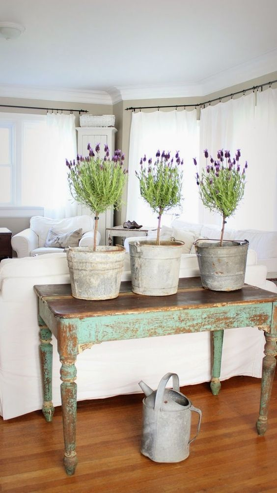 25 fresh spring console table decor ideas digsdigs for 10 spring street console table
