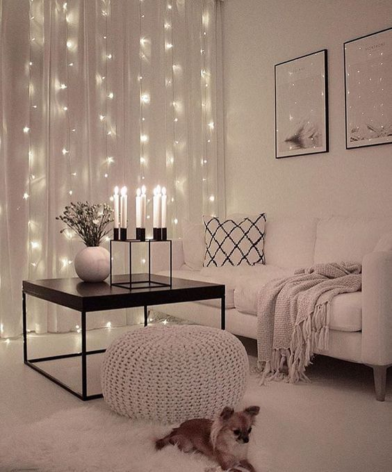 25 Cozy String Lights Ideas For Living Rooms