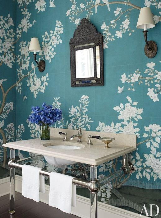 floral wallpaper will make your bathroom timelessly elegant and chic