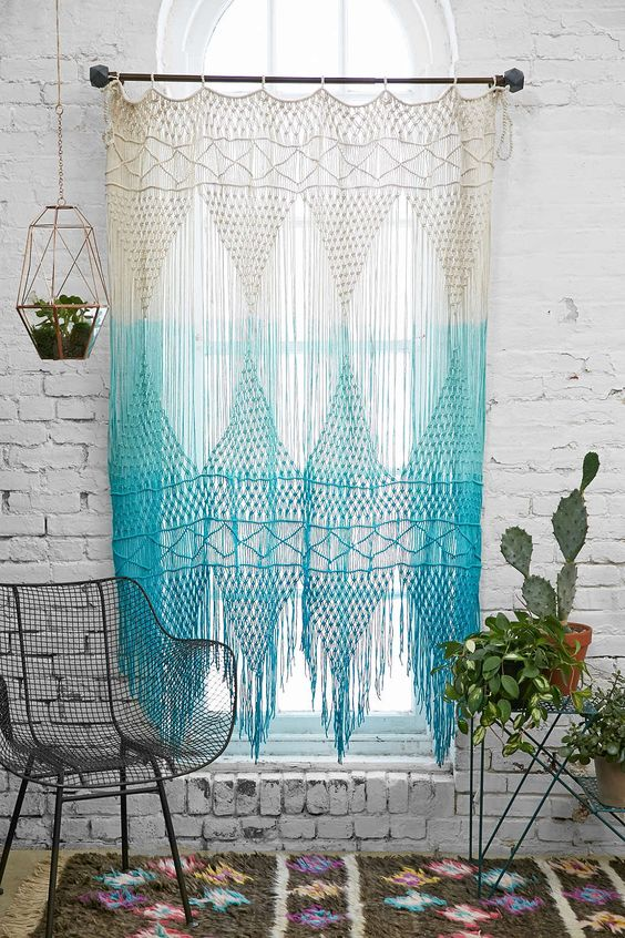 if you are familiar with macrame techniques, why not make such an ombre curtain to add a boho touch
