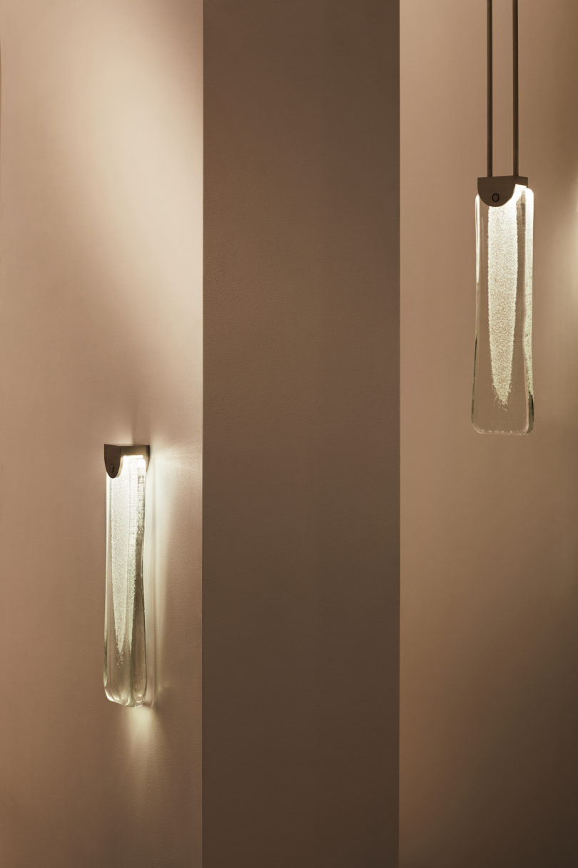 Fizi is a minimalist lights collection with an effervescent effect of glass blowing incorporated into design