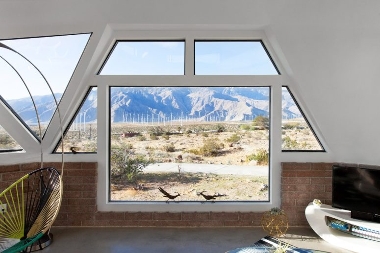Now there are a lot of windows here and there to enjoy the views of the desert and mountains