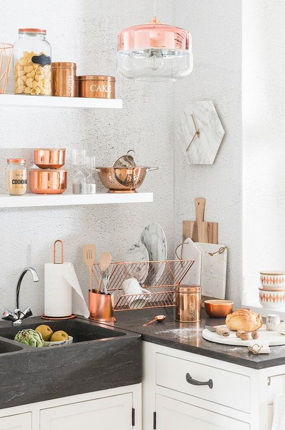 buy copper tableware, pots and cans and your kitchen will play with new chic