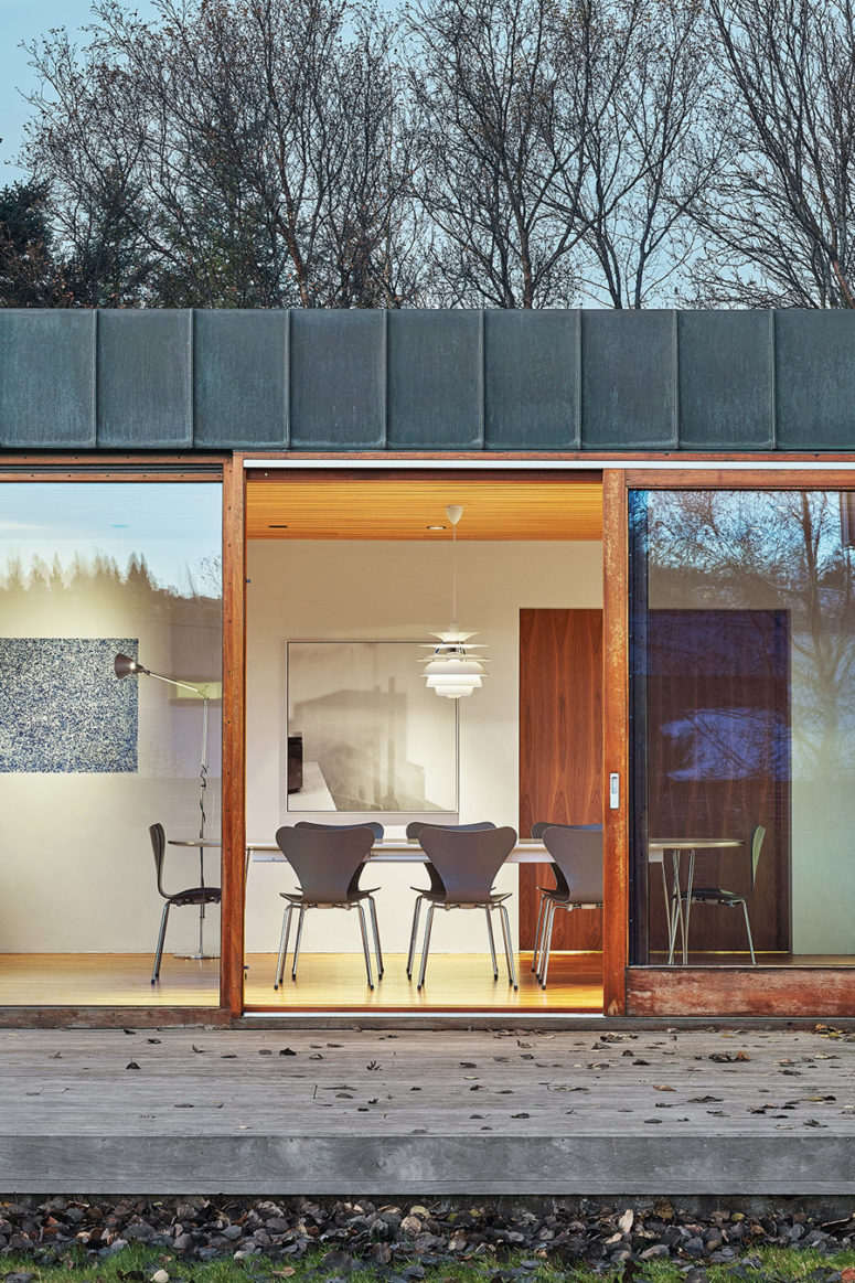 All the walls feature sliding doors to enter a deck or just enjoy fresh air coming inside