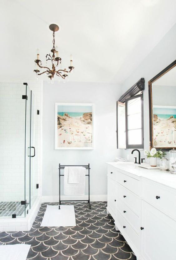 use your personal holiday photos to add a cheerful and relaxing feel to the bathroom