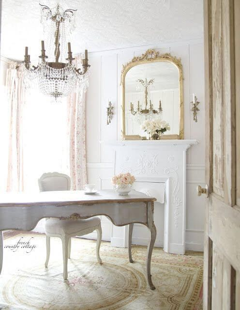 such French country house or exquisite vintage spaces require vintage-framed mirrors