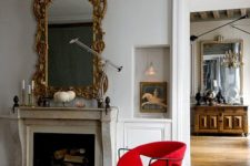 24 vintage art and a mirror in a refined gilded frame make the space exquisite and eye-catchy