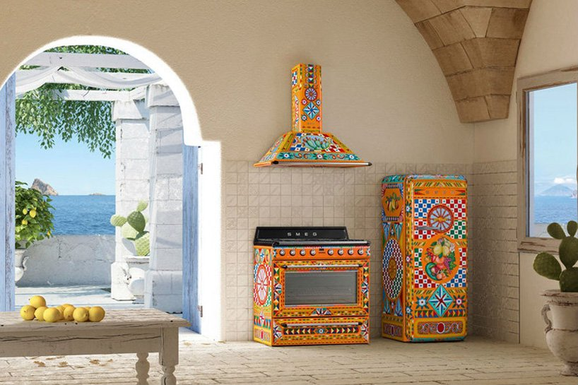 These super colorful pieces belong to Divina Cucina collection created by Dolce&Gabbana and Smeg