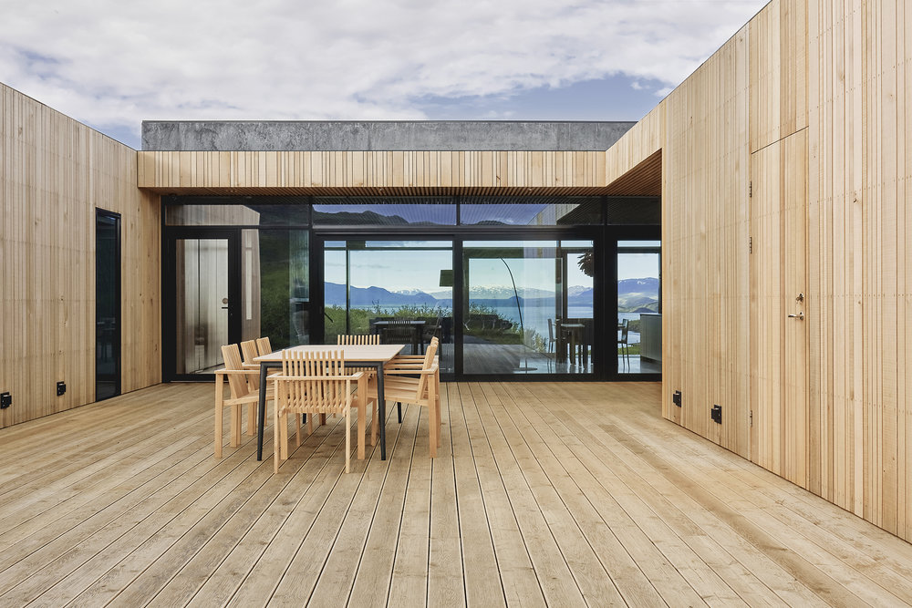 There are some outdoor spaces that are also placed to catch the views and enjoy sunlight