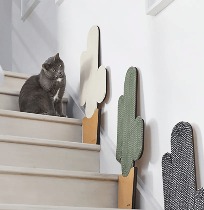 Create a whole gallery of these scratchers to make your cats have much fun