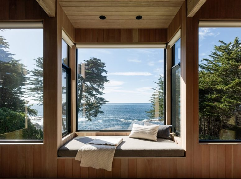 There's nothing better than a secluded window seating nook for looking at the landscape while having a drink or reading, wow
