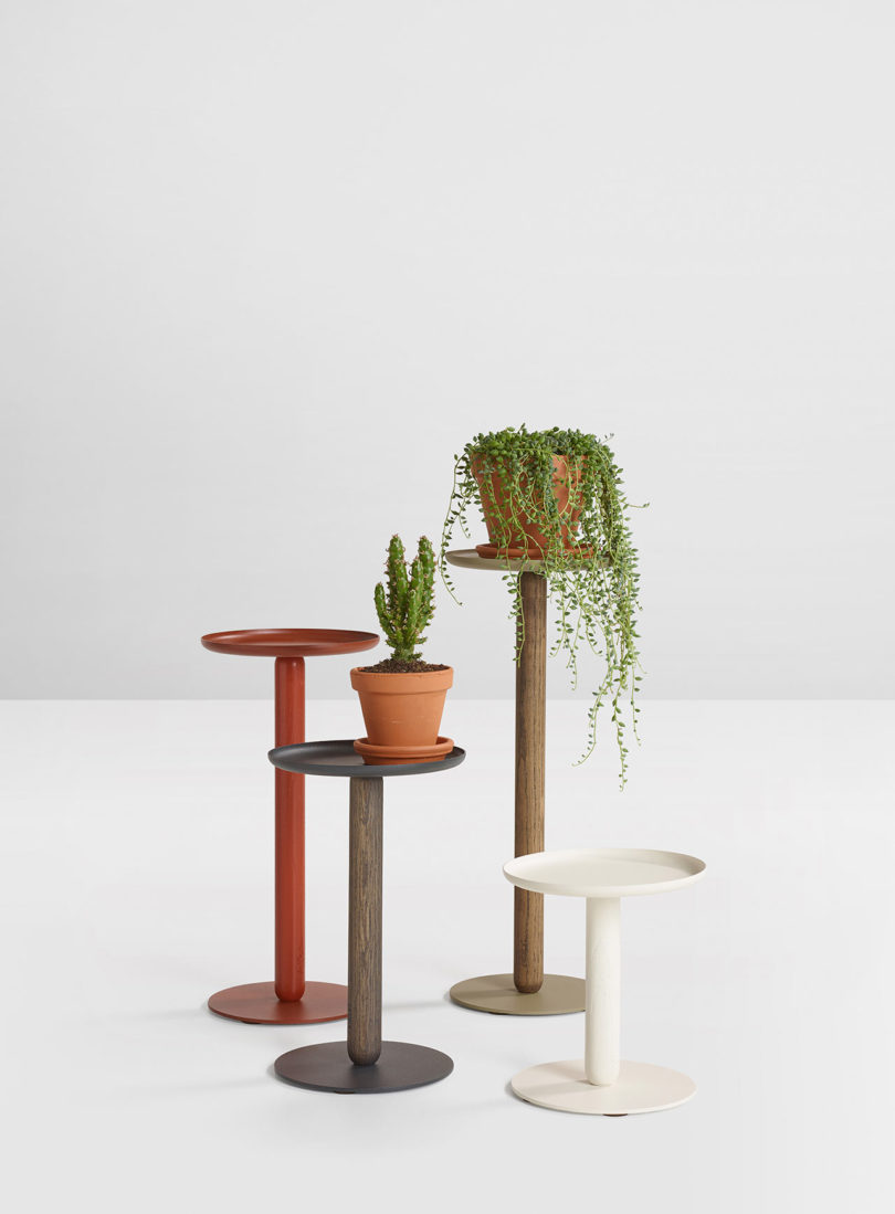 These are Balance Mini tables, which are ideal for small spaces and are also highliy customizable