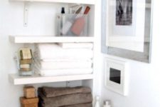 18 built-in shelves in a very tight space save the deal