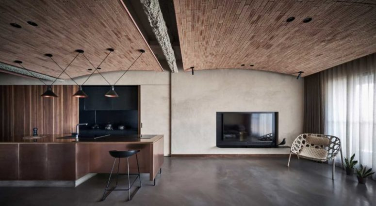 Look at that chic ceiling done with a pipe and with brick covers - isn't it fantastic