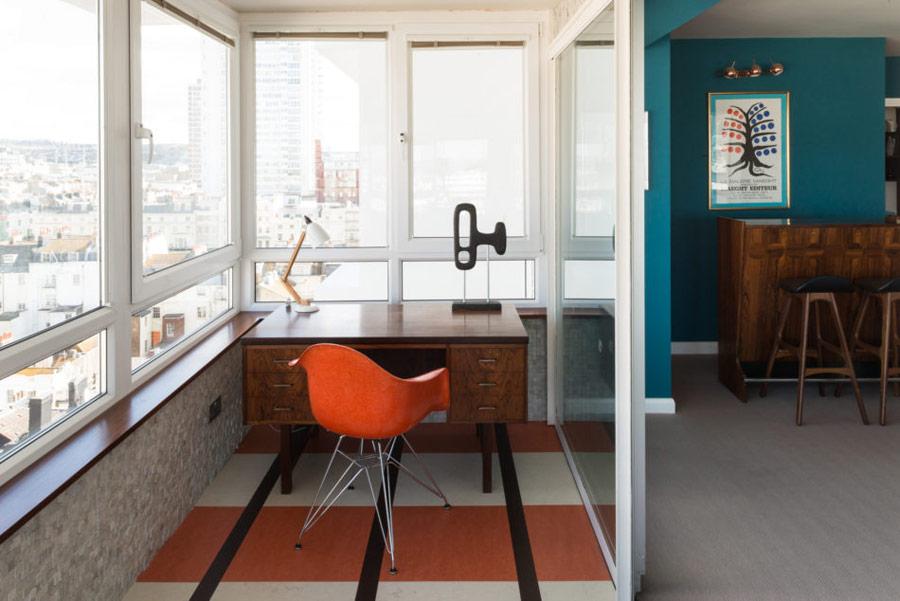 tiny balcony home office