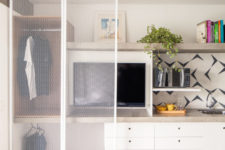 creative small walk-in closet