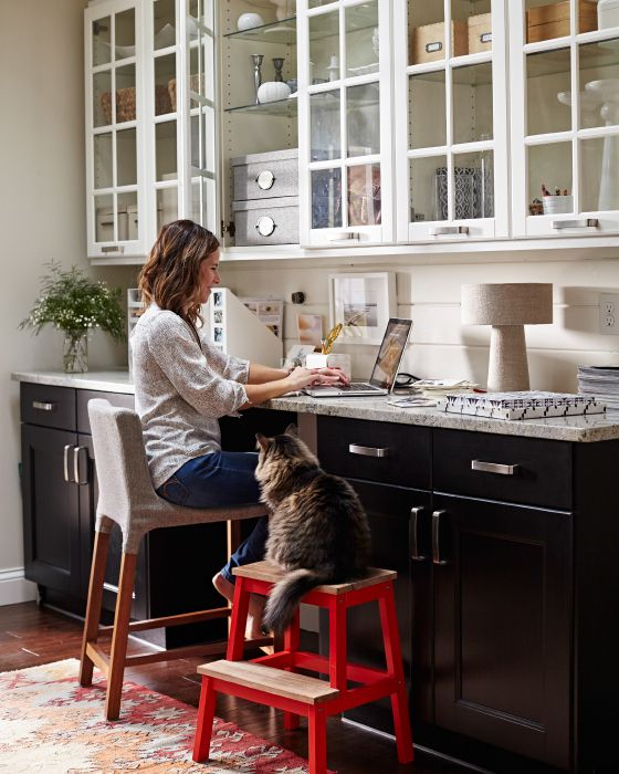 a comfy small home office nook can be turned into a cooking countertop when you needn't work