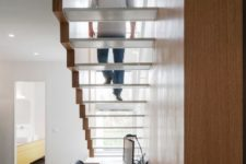 08 don't make risers in the stairs to let much light in and make the stairs more lightweight