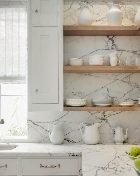 grey and white marble kitchen backsplash and countertops for a gorgeous exquisite look