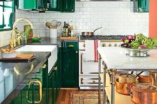19 emerald is a gorgeous shade of green to rock with gilded touches, a great idea for a refined kitchen