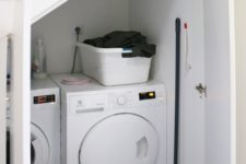 21 place a laundry under the stairs, there's enough storage space even for chemicals