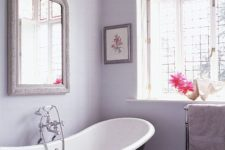 22 achieve a relaxing and calming feel in your bathroom painting the walls lilac