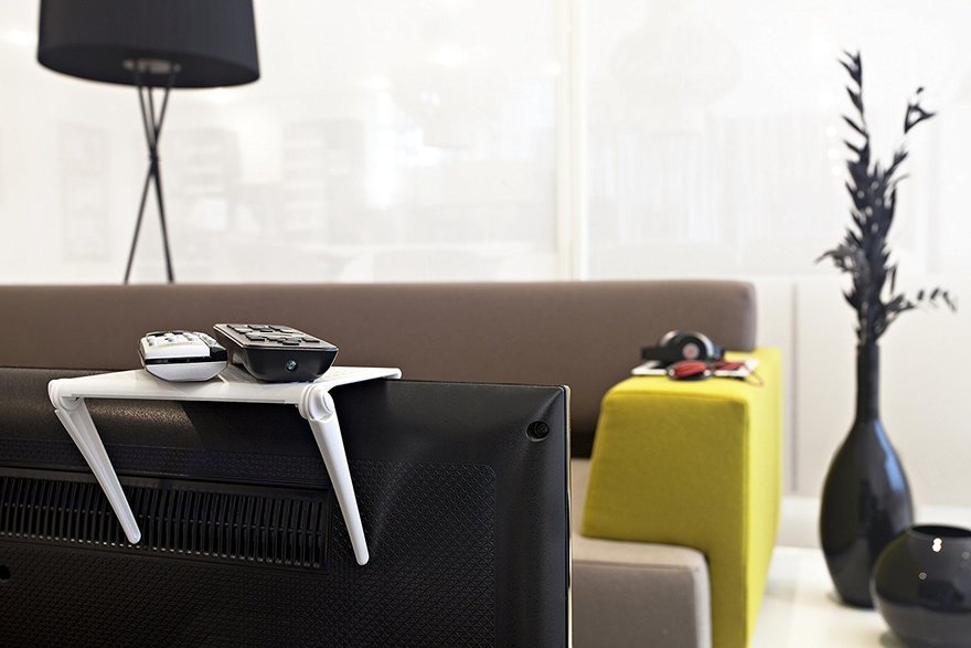 Bobino shelf has a rubbered surface to prevent your items from slippering from it