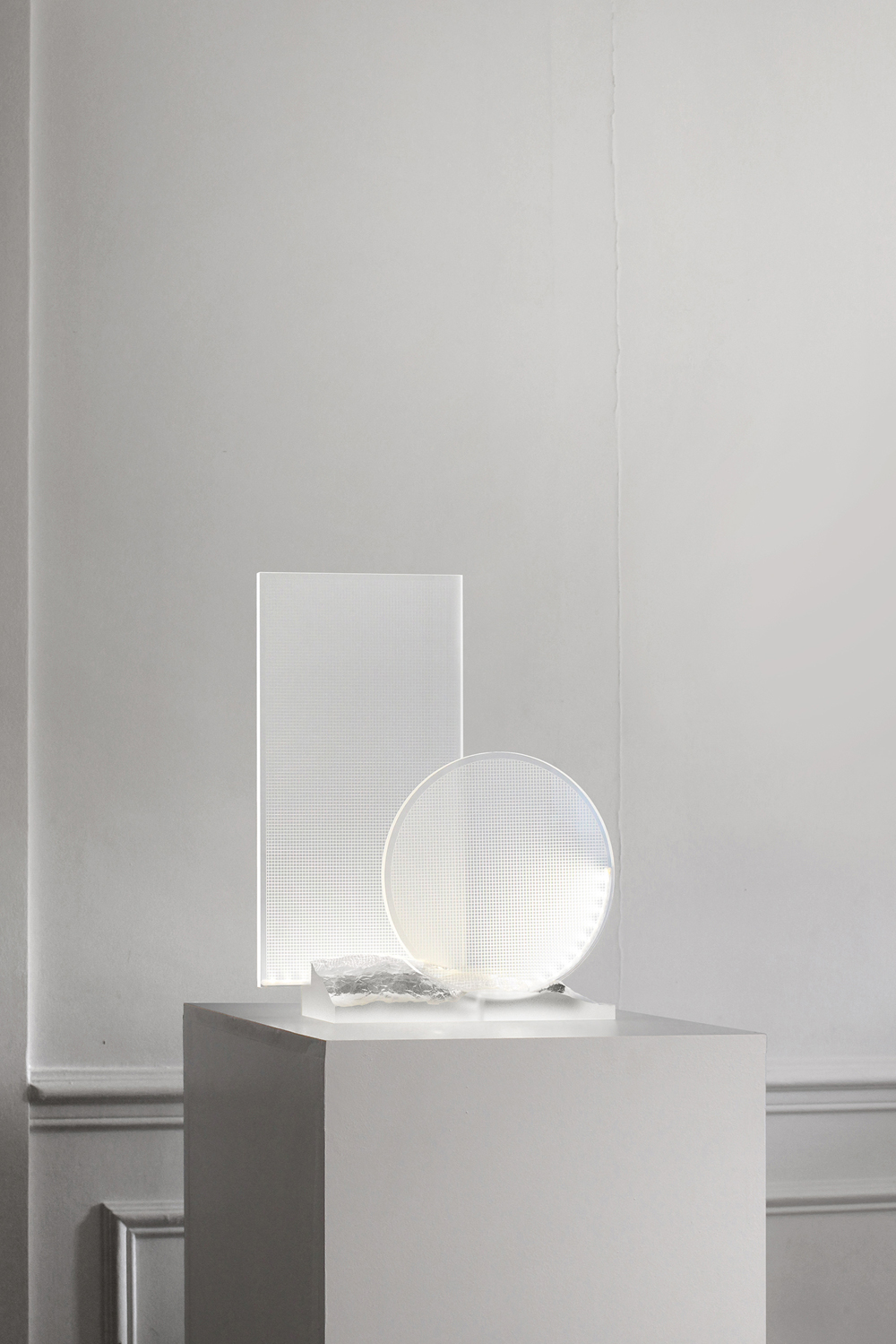 Paysage Transparent features a geometric display that rises from a landscape