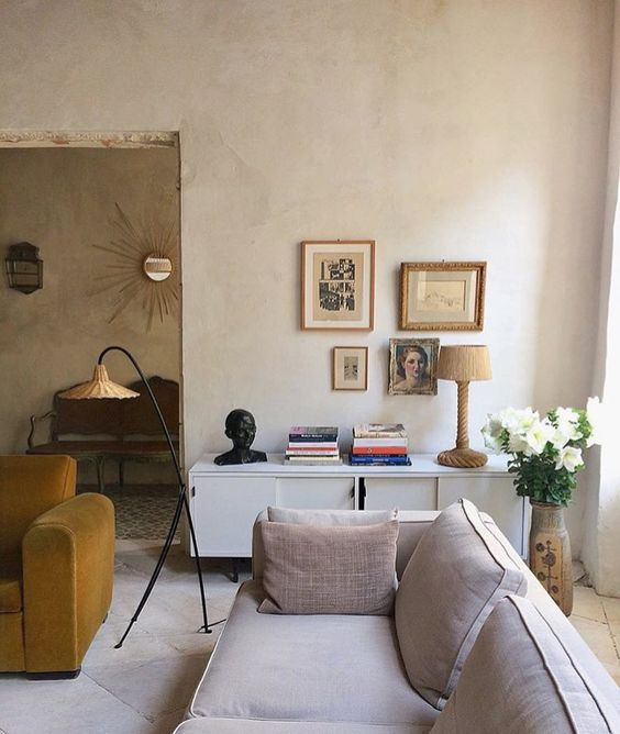 plain walls would have looked boring, and plaster texture brings more interest to the space