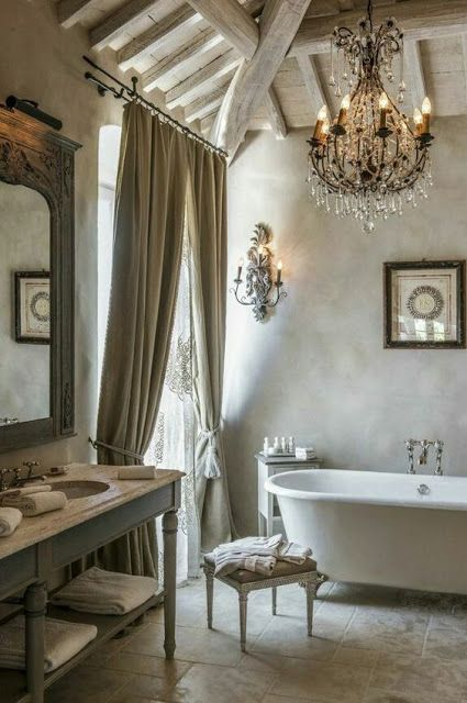 plaster walls are amazing for shabby chic spaces like this one, it looks very natural