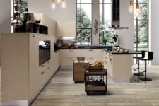 01 Linear kitchen collection is a luxurious one with a perfect attention to detail