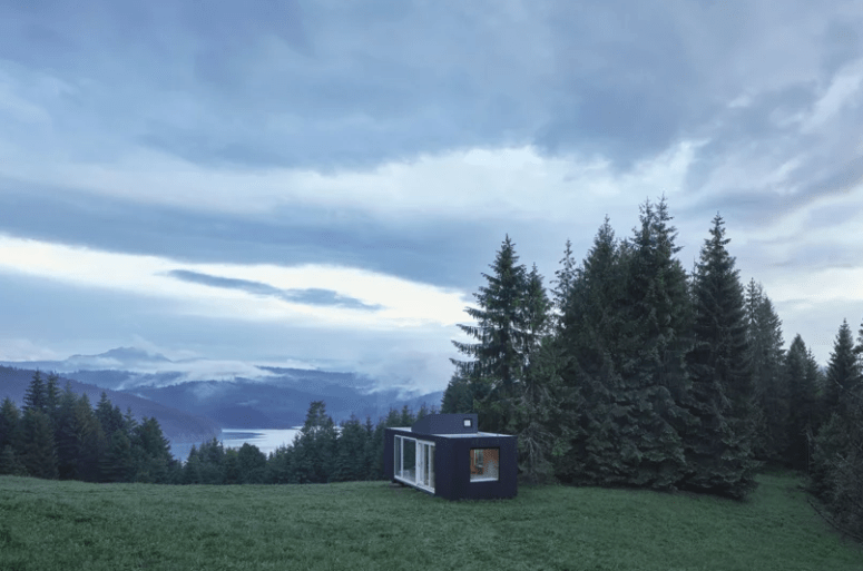 ARK-Shelter: A Prefab Cabin In The Wild