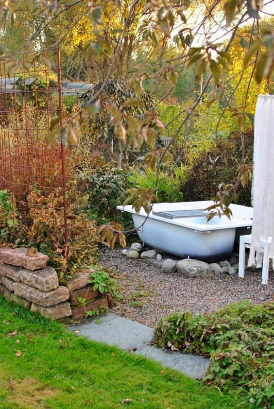 dense greenery and bushes can be another cool idea to keep privacy while taking a bath