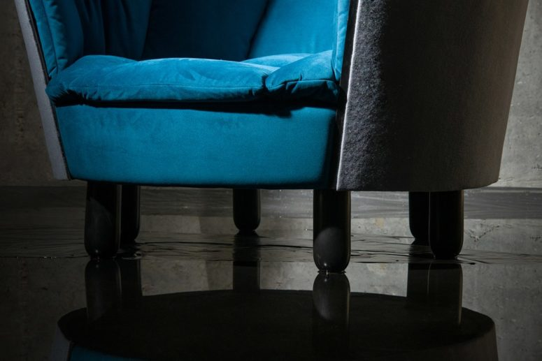 The chair is made of felt, linen, rubber, wood and metal for a gorgeous look and a luxurious touch