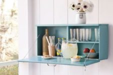24 a simple drop-down garden drinks bar is perfect for a hot summers night and can be easily DIYed