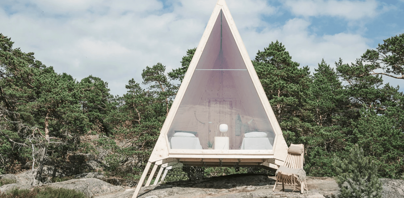 Nolla is a zero emission cabin made with all possible sustainable touches and with Scandinavian decor
