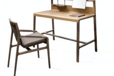 01 Scribe is a luxurious desk that shows off chic retro design and timeless quality of Italian materials
