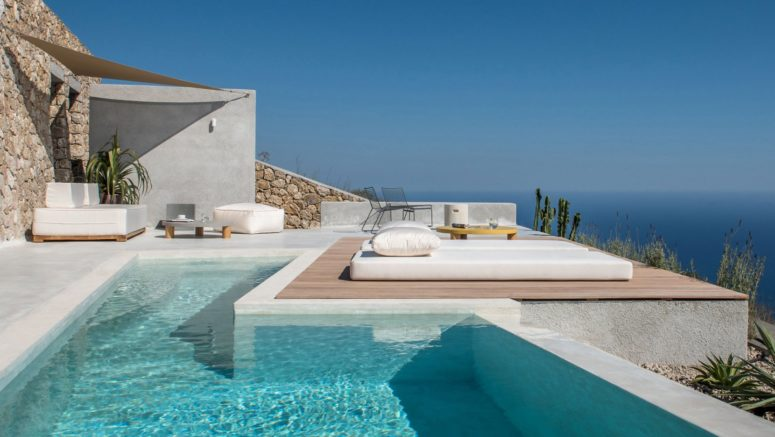 This gorgeous holiday home is located on Santorini and is inspired by the local cave houses
