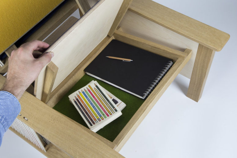 There are not only compartments you can see but also a hidden one covered with green felt