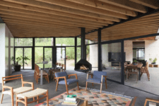 06 The living and dining room are all glazed from different sides, which fills the space with natural light and allows opening it to outdoors