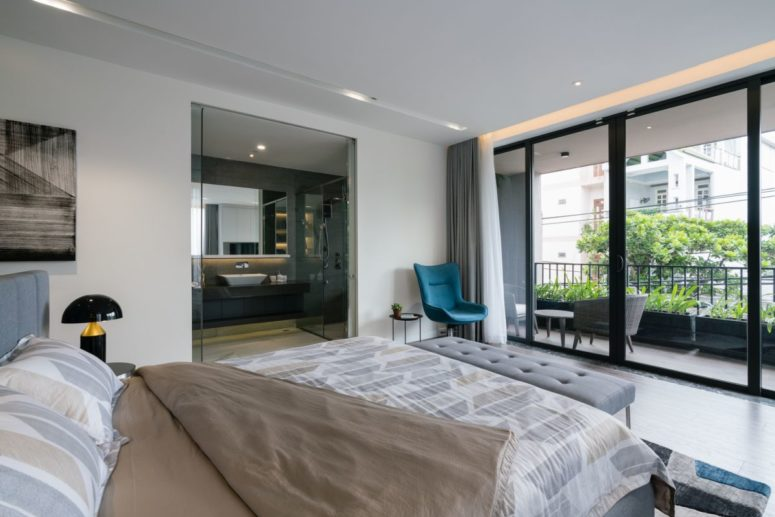 The bedrooms have access to balconies and terraces to enjoy nature