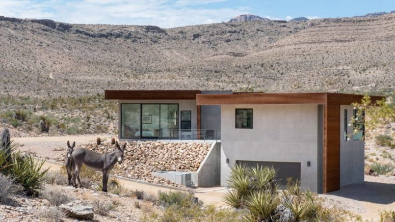 Low-Lying Concrete House In The Mojave Desert