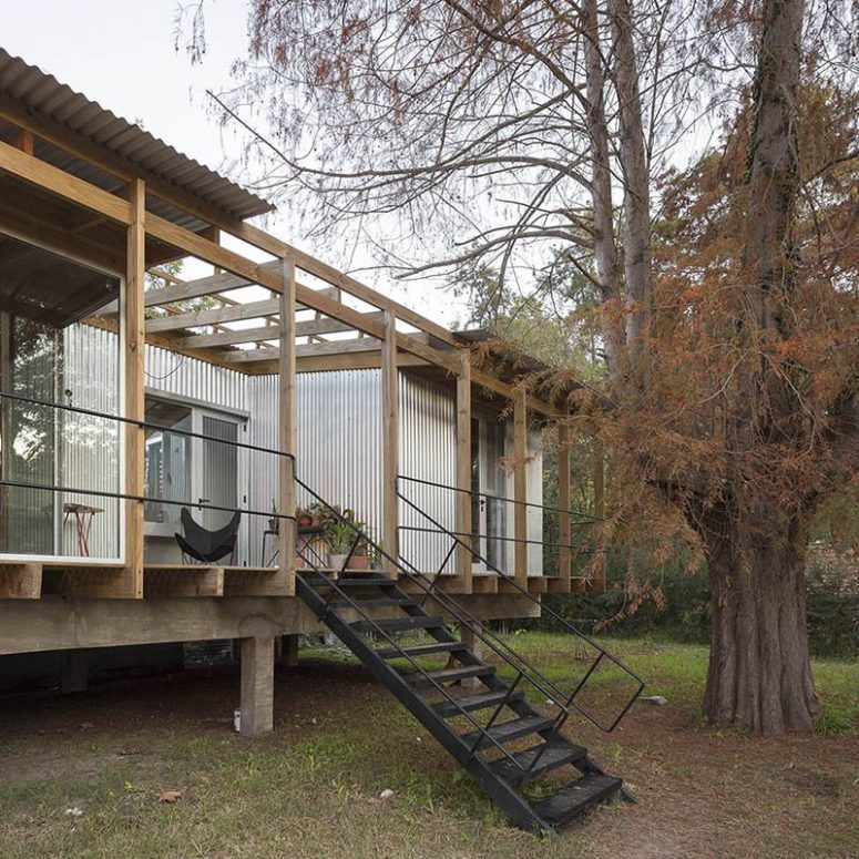 The platform placed on stilts features not only the house but also the deck and patios for relaxing