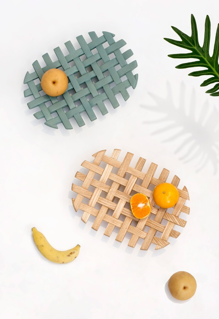 These are Weave fruit trays, and their name speak for themselves