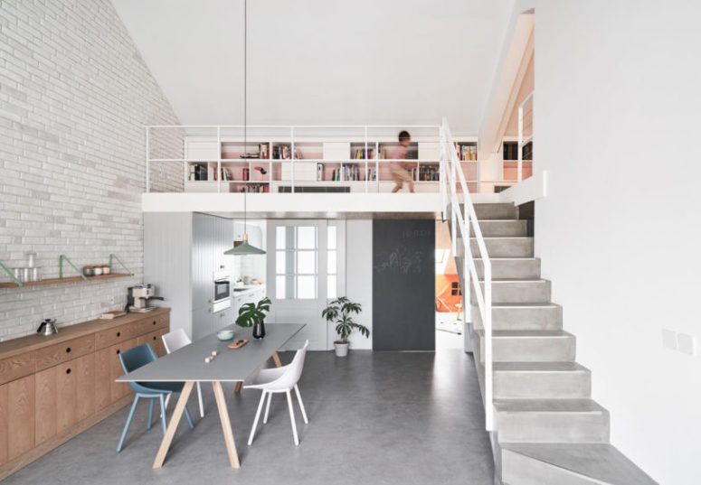 The upper floor features a lot of storage space and private zones of the house