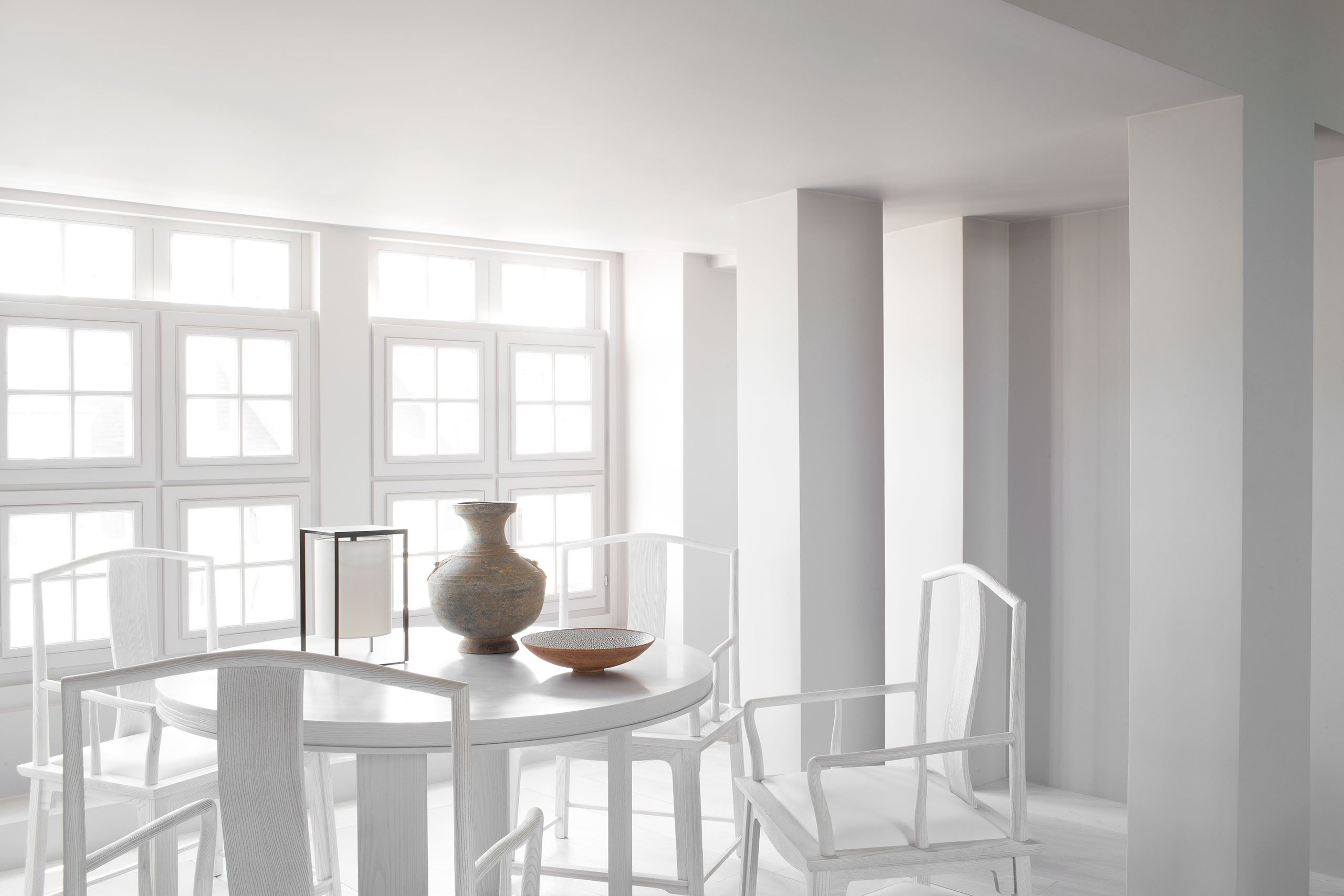 There's a sparate dining space, fully lit with natural light to make it super inviting