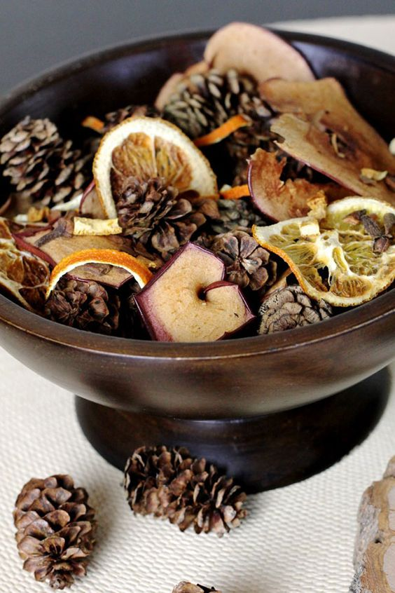 make your own fall potpourri in a bowl and display in your bedroom