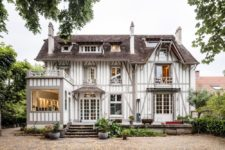01 This gorgeous 19th century French home was renovated to adapt it to contemporary life and make it comfortable